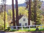 The Husum House- Columbia Gorge-White Salmon River