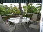 2 Bedroom Kona Oceanview Apt 5 min walk to beach
