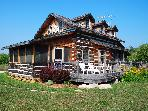 Dovetail Acres Log Home, Private Vacation Paradise