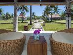 Luxury Villa Gili Trawangan in front of the Beach