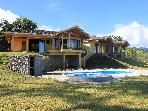 Luxury 3BR home overlooks Lake Arenal &amp; Volcano