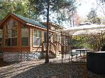$149/Cozy vacation home w. hot tub, near Six Flags