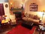 Beautiful 5 star 2 bedroom 2 bath condo walking distance to Canyon Lodge.