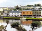 2 bed Westport apartment with access to hotel leisure facilities. Sleeps 6. #IWS0160001