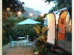 GLAMPING - vintage Airstream SAFARI