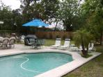 Vic's Place - Heated Pool, Jacuzzi, Game Room