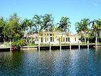 Florida Dream Waterfront Pool 4 Bedroom 4 Bath