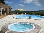 Villa with panoramic views, pool and jacuzzi