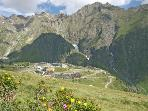 PIAU -PYRENEES MOUNTAINS - DIRECT ACCESS TO THE SLOPES-