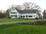 Wonderful 1855 farmhouse on John&#39;s Bay