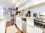 2BR, sleeps 6, Adams Morgan, Walk to Metro, Zoo