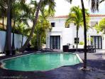 10 room South Beach Pool Villa
