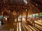 Stunning Bamboo Home nr Ubud