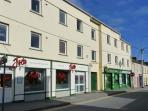 2 THE WHARF first floor apartment, near to beach in Lahinch Ref 24254