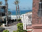 Family 2BR+Loft, 2BA, Beach View, 2 Car Parking