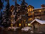 4BR+Den/5BA Condo - Best Ski in/Out in Snowmass