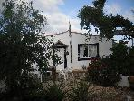 Farm Villa in hills &amp; orange groves.T/2 villa