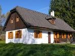 Holiday House - Benesov nad Cernou