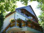 Holiday House - Balatonalmadi