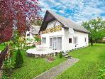 Holiday House - Balatonfenyves