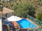 Canillas de Aceituno Holiday House