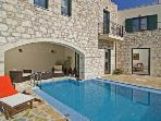 Holiday House - Alikampos