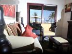 Beautiful Oceanfront El Faro Condos Reef 102