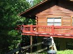 Spacious Pet Friendly log cabin near Dollywood