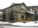 3 Bedroom Townhouse Near the Gondola!