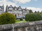 MOUNTAIN VIEW, spacious apartment, stunning views, promenade location, in Arnside, Ref 20672