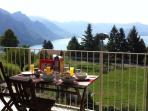 La Perla - Lake and Mountain Views - sleeps 5