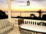SUNSET SEA VIEWS @ BEACH FRONT HOUSE WITH CALAS