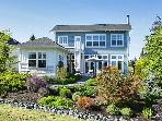 Exquisite view home - sleeps 6 on Holmes Harbor