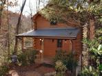 Cabin in between Gatlinburg and Pigeon Forge  Precious Moments 124