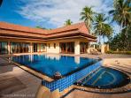 3 Bedroom Luxury Villa Had Yao