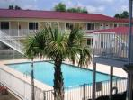 Beautiful 1 Bd/ 1 Bth 1st Floor Condo Just a Short Walk to the Beach OS-110