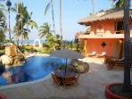 Heavenly Villa - Magnificent, beachfront paradise