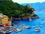 Spectacular Waterfront Apartment ,Portofino Piaza