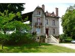 8 bedroom Villa plus Lodge by Dordogne river.