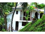 04 B/R Nature friendly Bungalow in Kandy