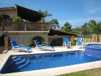 Casa Sierra w/great location and pool near beach