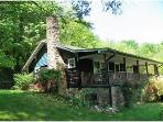 Log Cabin~Outdoor Hot Tub~In Hot Springs~On AT