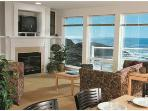 2-bed Top Floor CENTRAL OREGON COAST OCEAN FRONT