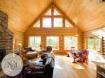 Oaisis at Blacktail Mtn. Enjoy quiet comfort in this new Log Home!