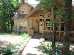 Twin Pines- 4 Bedroom, 4 Bath Stonebridge Resort Cabin Sleeps 10 Guests