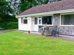 ROWAN COTTAGE, pet-friendly, countryside setting, ground floor cottage, near Aberaeron, Ref. 27045