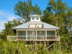 Hibiscus House - Beachfront Bliss on the Gulf!