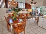 Sea Grape Hale - Delightful Kama`aina Home Beachside in Kailua