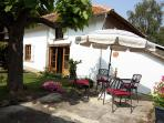 Idyllic Pyrenees cottage, magnificent views, pool
