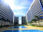 Furnished Condo near Mall, Airport - Cable/Wi-Fi
